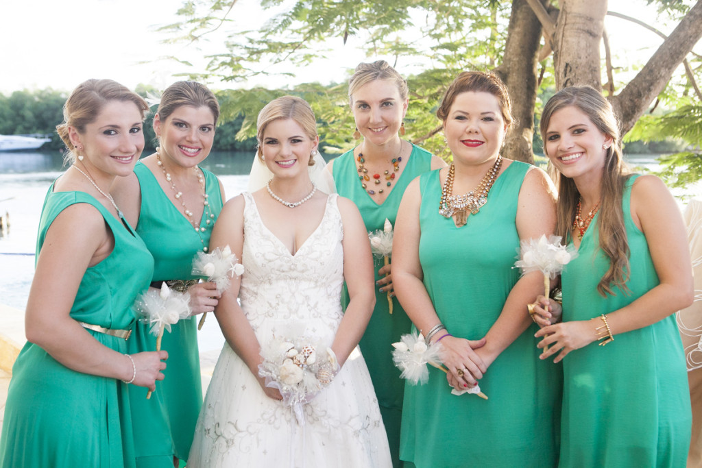 Gorgeous BCCG Hi Low Bridesmaid Dresses in Turquoise | The Majestic Vision Wedding Planning | Villas Mar Azure in Ponce, PR | www.themajesticvision.com | Shay Cochrane Photography