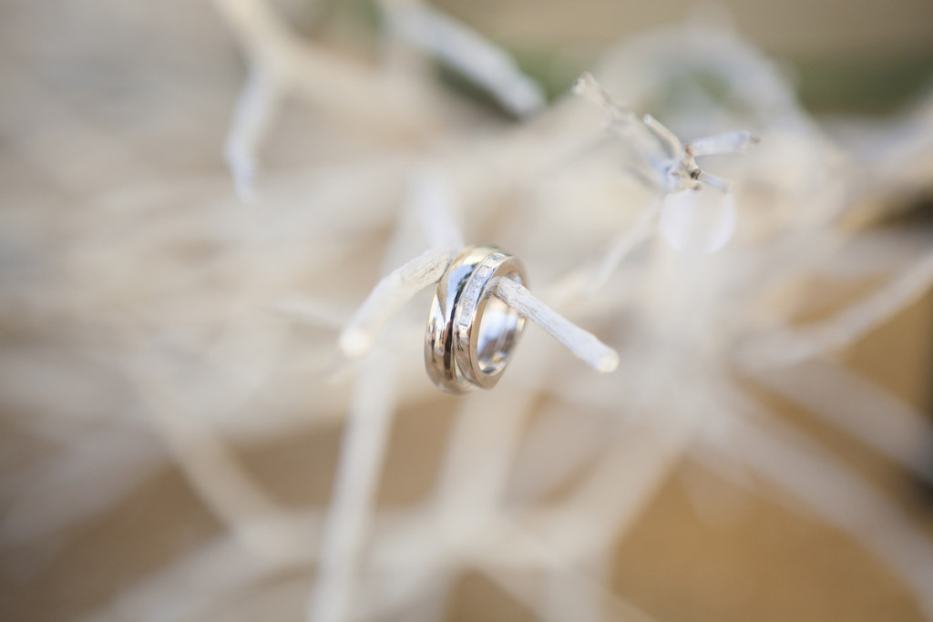 Elegant Wedding Rings | The Majestic Vision Wedding Planning | Villas Mar Azure in Ponce, PR | www.themajesticvision.com | Shay Cochrane Photography