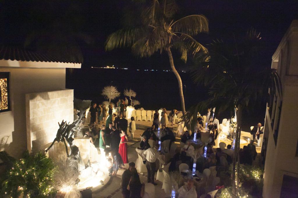 Elegant Waterfront Wedding Reception | The Majestic Vision Wedding Planning | Villas Mar Azure in Ponce, PR | www.themajesticvision.com | Shay Cochrane Photography