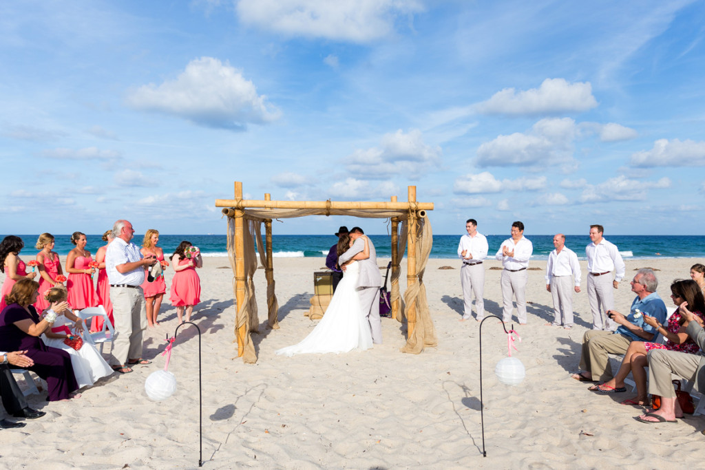 Rustic Coral and Burlap Beach Ceremony | The Majestic Vision Wedding Planning | Palm Beach Shores Community Center in Palm Beach, FL | www.themajesticvision.com | Chris Kruger Photography