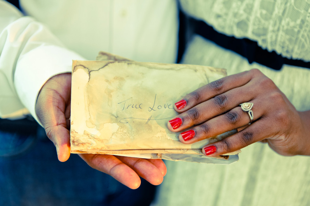 Vintage Love Letters | The Majestic Vision Wedding Planning | Riverbend Park in Palm Beach, FL | www.themajesticvision.com | Krystal Zaskey Photography
