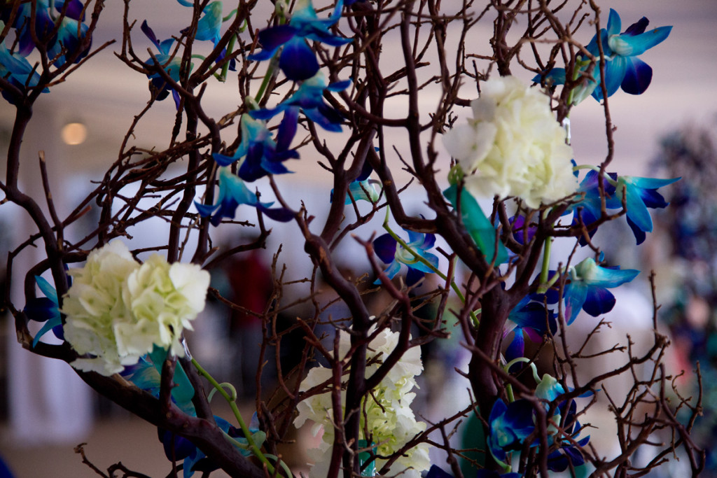 Elegant Blue and White Orchid Centerpiece   The Majestic Vision Wedding Planning   Hilton Singer Island in Palm Beach, FL   www.themajesticvision.com   Michael Sterling Photography