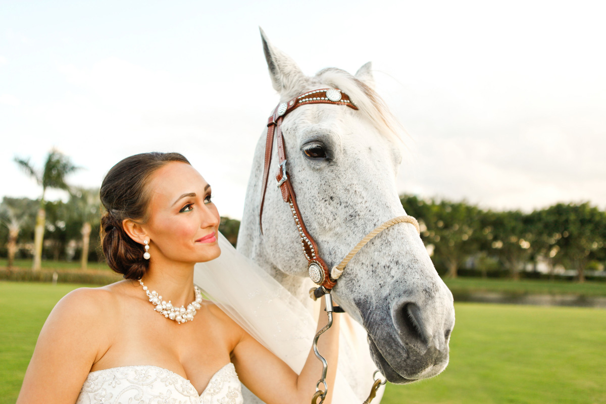 Romantic Bridal Portrait with Horse | The Majestic Vision Wedding Planning | International Polo Club in Palm Beach, FL | www.themajesticvision.com | Krystal Zaskey Photography