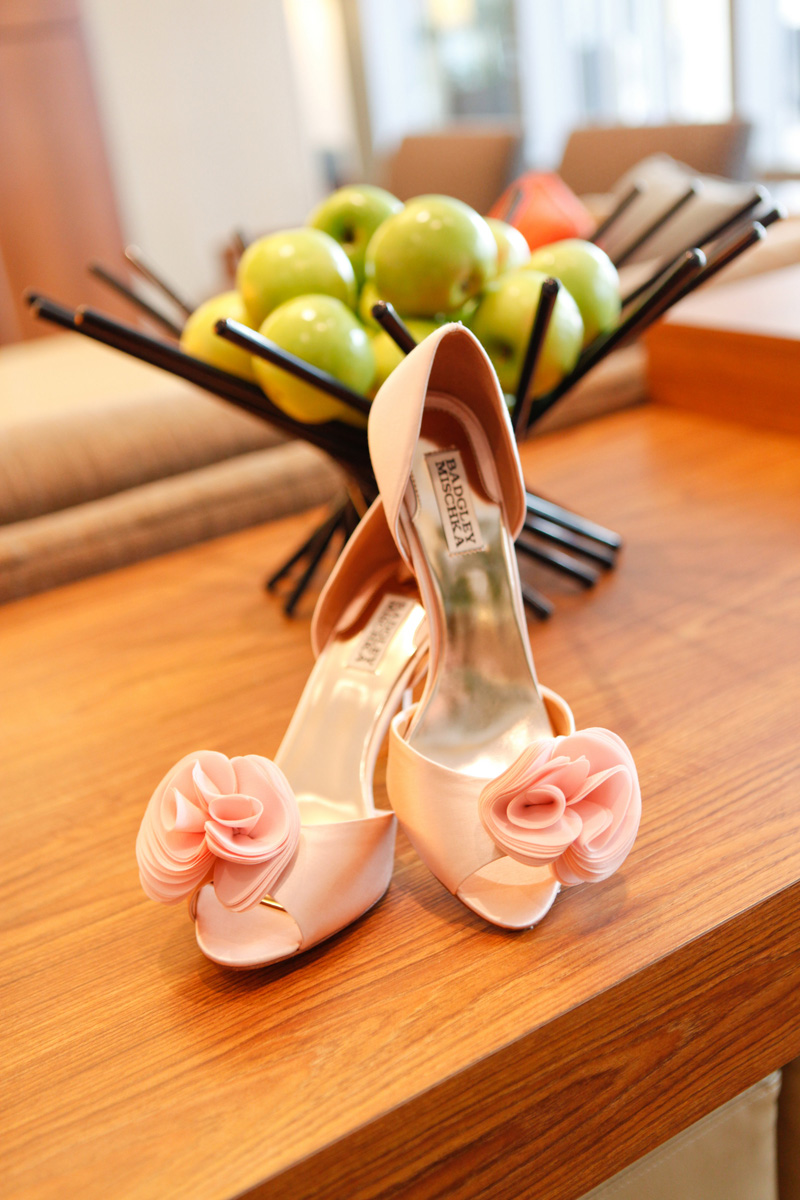 Romantic Pink Wedding Shoes by Badgley Mischka | The Majestic Vision Wedding Planning | 32 East in Palm Beach, FL | www.themajesticvision.com | Krystal Zaskey Photography