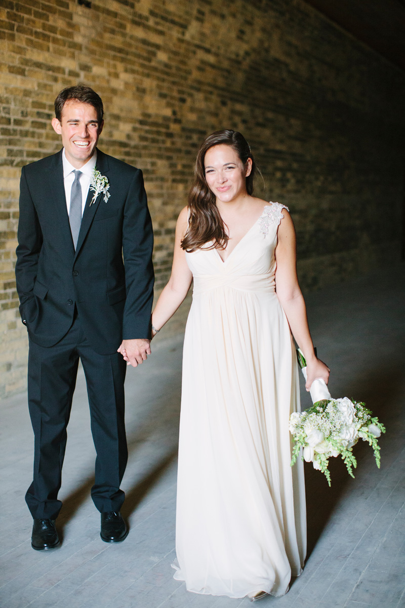 Elegant Bridal Portrait with Brick Background | The Majestic Vision Wedding Planning | Pritzlaff Building in Milwaukee, WI | www.themajesticvision.com | Lisa Mathewson Photography