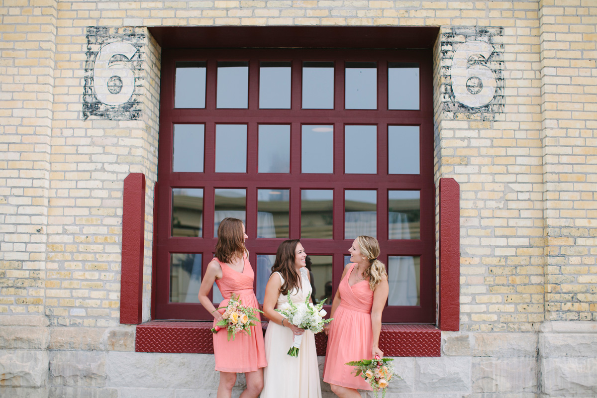 Elegant Bridal Party Portrait with Brick Background | The Majestic Vision Wedding Planning | Pritzlaff Building in Milwaukee, WI | www.themajesticvision.com | Lisa Mathewson Photography
