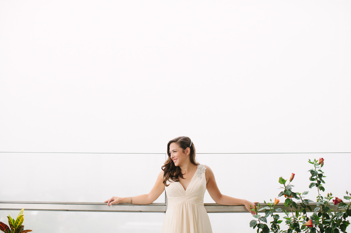 Elegant Bride in Anne Barge Wedding Dress | The Majestic Vision Wedding Planning | Pritzlaff Building in Milwaukee, WI | www.themajesticvision.com | Lisa Mathewson Photography