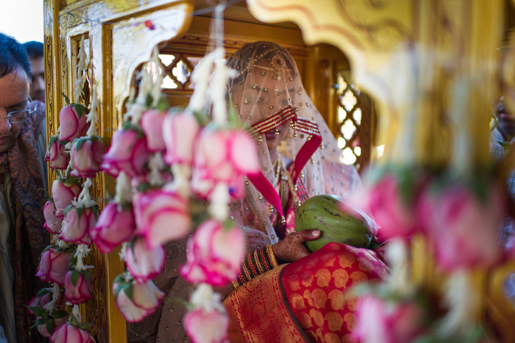 Bride Entrance in Palanquin for Indian Wedding Ceremony | The Majestic Vision Wedding Planning | PGA National in Palm Beach, FL | www.themajesticvision.com | Haring Photography