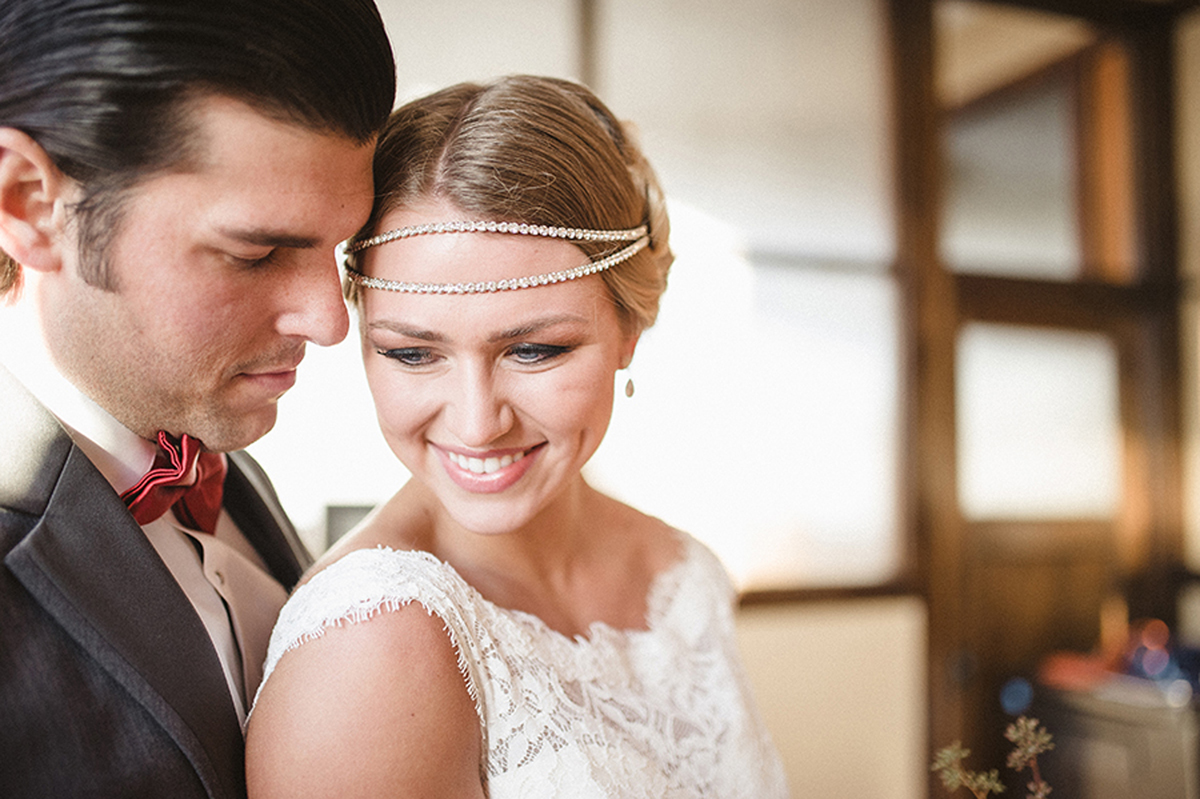 Stunning Bride with Jaxie Bridal Headband | The Majestic Vision Wedding Planning | Anodyne Coffee in Milwaukee, WI | www.themajesticvision.com | Elizabeth Haase Photography