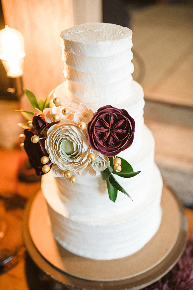 Elegant Marsala and White Wedding Cake | The Majestic Vision Wedding Planning | Anodyne Coffee in Milwaukee, WI | www.themajesticvision.com | Elizabeth Haase Photography