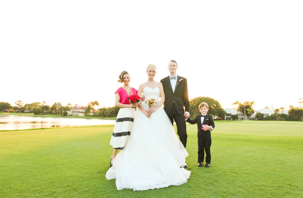 Modern and Elegant Bridal Party Portrait on Golf Course | The Majestic Vision Wedding Planning | Breakers West in Palm Beach, FL | www.themajesticvision.com | Krystal Zaskey Photography