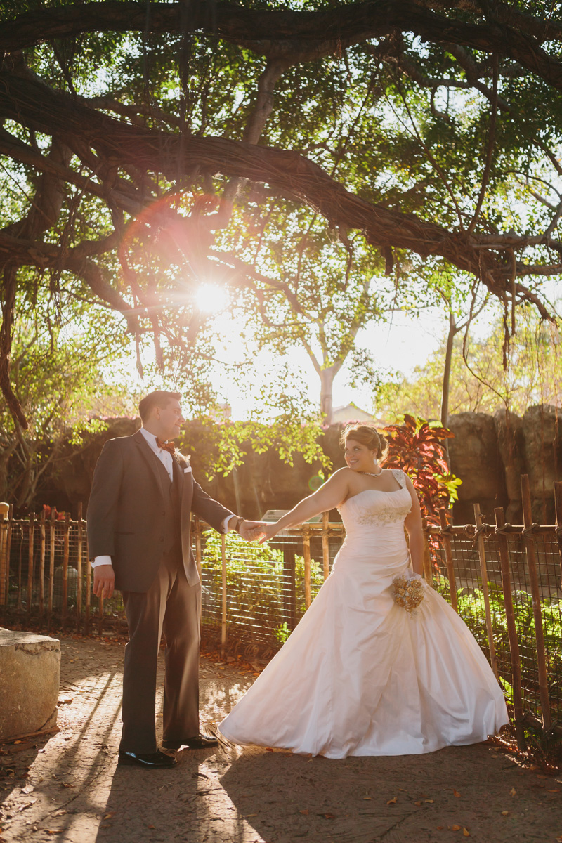 Elegant Golden Hour Bridal Portrait | The Majestic Vision Wedding Planning | Palm Beach Zoo in Palm Beach, FL | www.themajesticvision.com | Robert Madrid Photography