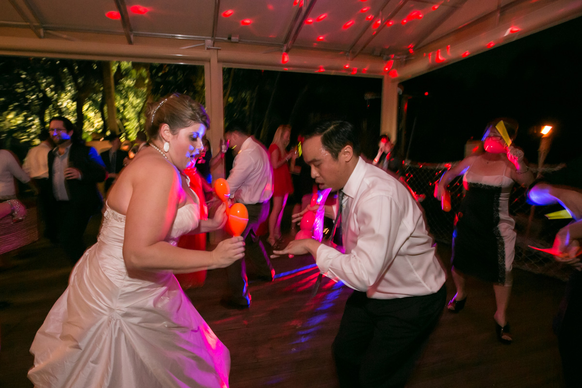 Fun Hora Loca with Maracas and Glow Sticks | The Majestic Vision Wedding Planning | Palm Beach Zoo in Palm Beach, FL | www.themajesticvision.com | Robert Madrid Photography
