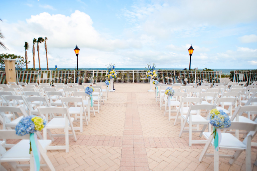 Elegant Blue and White Wedding Ceremony | The Majestic Vision Wedding Planning | Grand Bay Club in Key Biscayne, FL | www.themajesticvision.com | Emindee Images