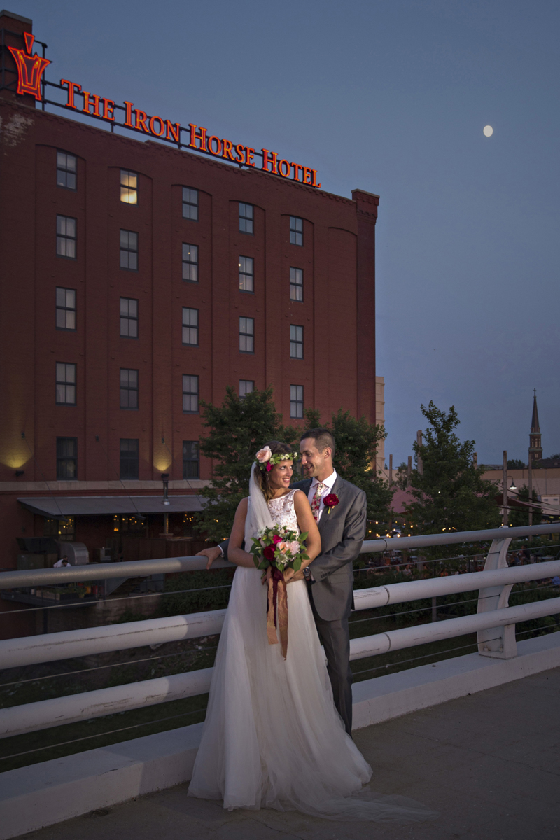 Romantic Couple Portrait | The Majestic Vision Wedding Planning | Iron Horse Hotel in Milwaukee, WI | www.themajesticvision.com | Shannon Wucherer Photography