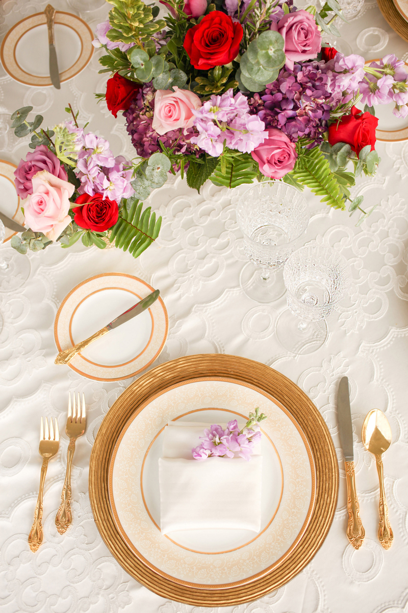 Elegant Place Setting at Whimsical Emerald and Amethyst Wedding | The Majestic Vision Wedding Planning | The Wanderers Club in Wellington, FL | www.themajesticvision.com | Krystal Zaskey Photography