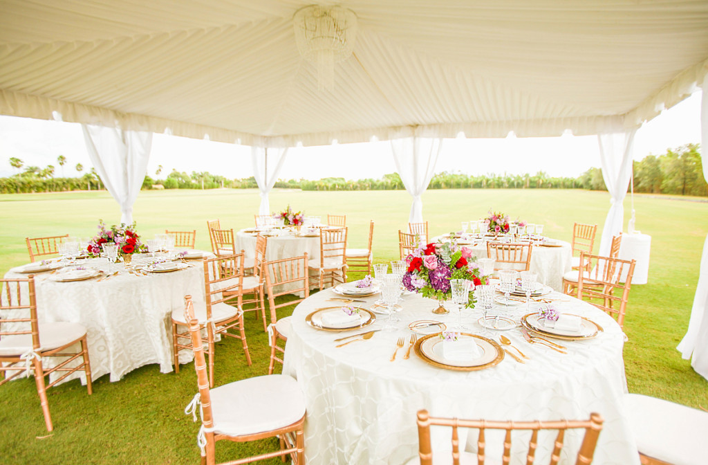 Beautiful White Reception Tent for Whimsical Emerald and Amethyst Wedding | The Majestic Vision Wedding Planning | The Wanderers Club in Wellington, FL | www.themajesticvision.com | Krystal Zaskey Photography